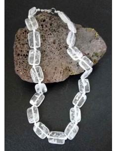 Collier cristal de roche pierres carrées