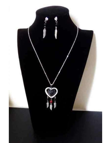 Parure acier collier pendentif coeur motif ethnique plumes et boucles