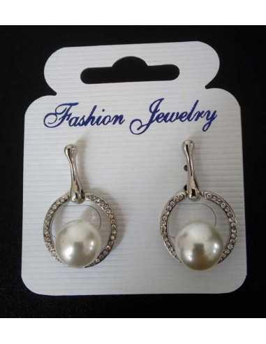 Boucles d'oreilles anneaux pendantes serties et perle