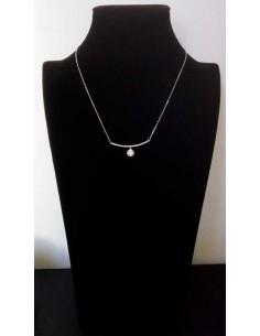 Collier pendentif élégant avec zirconiums