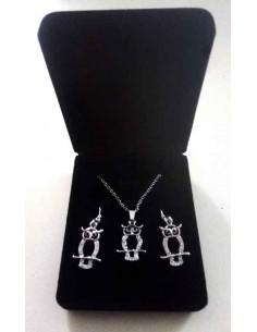 Parure en coffret collier pendentif hiboux ouvert serti et boucles