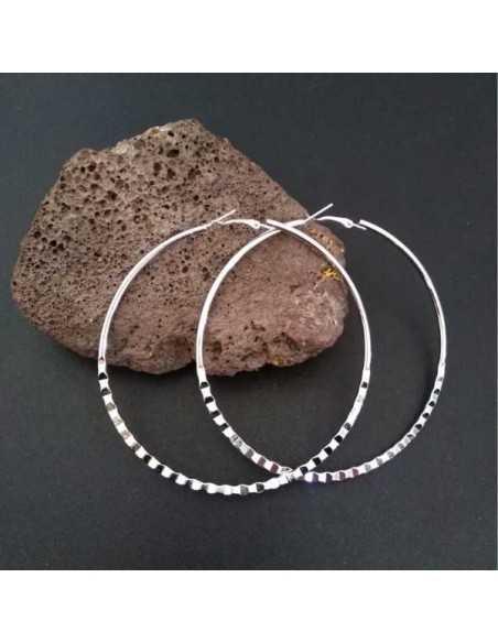 Boucles d'oreilles créoles xxl martelées 7 cm