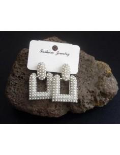 Boucles d'oreilles pendentes carrées avec perles 3.5 cm