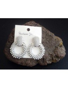 Boucles d'oreilles créoles pendantes perles 3.5 cm