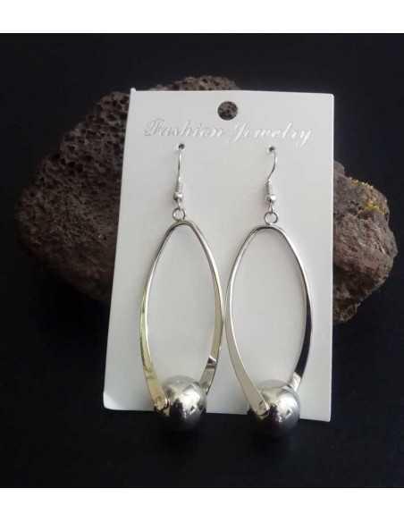 Boucles d'oreilles créoles longues allongées avec perle 7 cm