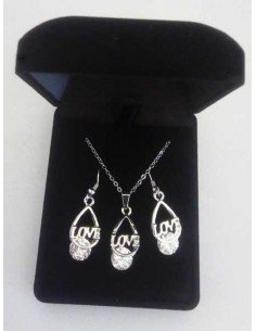 Parure en coffret collier pendentif goutte inscription Love
