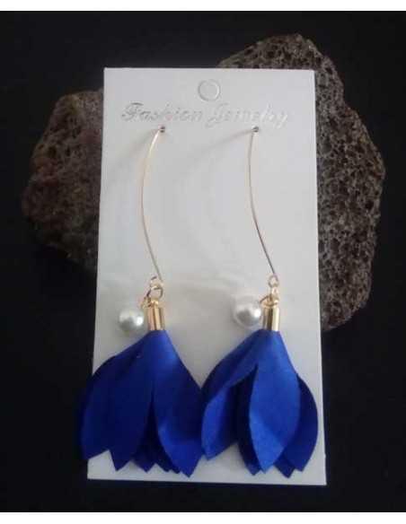 Boucles d'oreilles traversantes fleur et perles pendantes