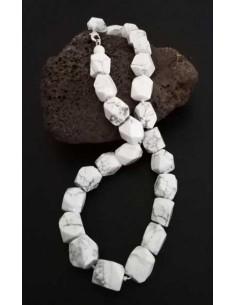Collier howlite blanche pierres cubiques