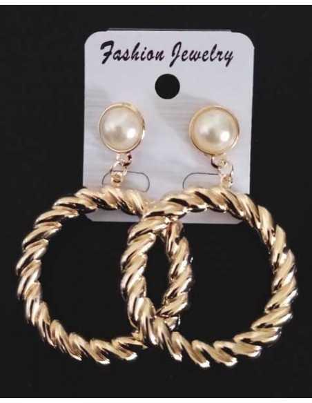 Boucles d'oreilles créoles pendantes sur perle