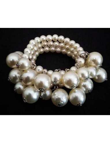Bracelet perles blanches pampilles sur trois rangs