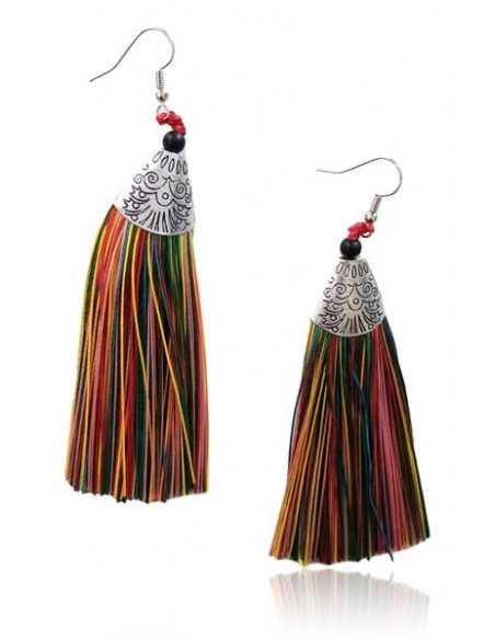 Boucles d'oreilles pompons fils motifs ethniques