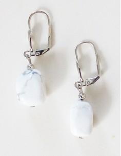 Boucles d'oreilles howlite pierre semi précieuse naturelle 1.5 cm