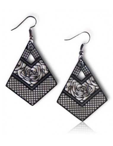 Boucles d'oreilles pendantes losange motifs rose