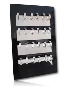 12 paires de créoles serties sur deux rangs avec démarcation noire