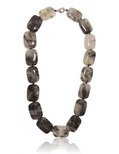 Collier quartz à inclusion de tourmaline perles carrées