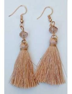 Boucles d'oreilles fantaisie pompon et perle 5 cm