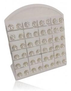 24 paires de B.O perles blanches serties sur présentoir