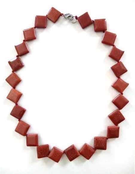 Collier pierre du soleil perles carrées