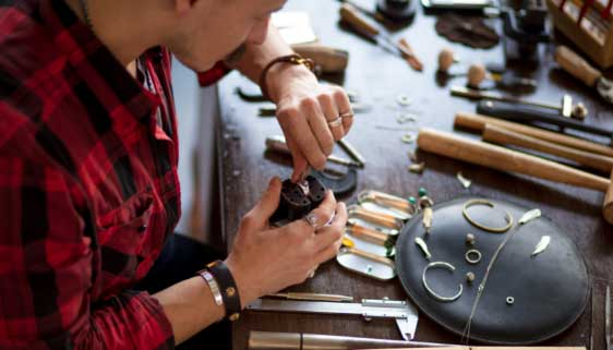 tendance bijoux acier